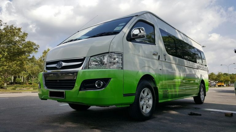 """Enjoy on Private Transport from Singapore with """"MST TRANSPORT"""